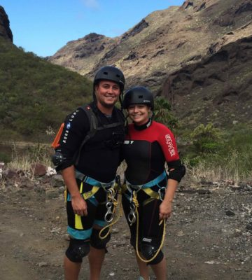 young-couple-canyoning-tenerife-rokpak-pioneer-series